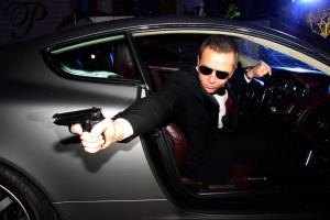 Daniel Craig Double-Lookalike-3 (7)