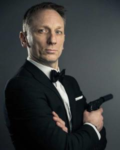 Daniel Craig Double-Lookalike-4 (11)