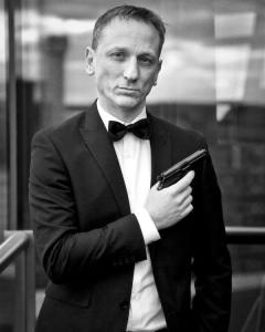Daniel Craig Double-Lookalike-4 (12)