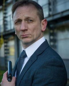 Daniel Craig Double-Lookalike-4 (21)