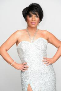 Shirley  Bassey Double Lookalike Tribute-1 (1)
