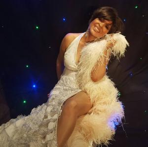 Shirley  Bassey Double Lookalike Tribute-1 (17)