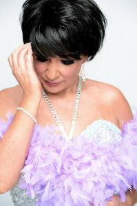 Shirley  Bassey Double Lookalike Tribute-1 (19)