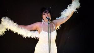 Shirley  Bassey Double Lookalike Tribute-1 (20)