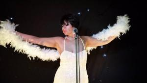 Shirley  Bassey Double Lookalike Tribute-1 (21)