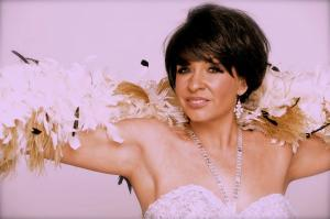 Shirley  Bassey Double Lookalike Tribute-1 (7)