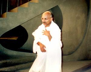 Mahatma Ghandi Double Lookalike-1 (2)