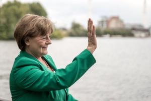 Angela Merkel-Double Lookalike-1 (13)