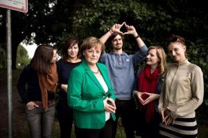Angela Merkel-Double Lookalike-1 (14)