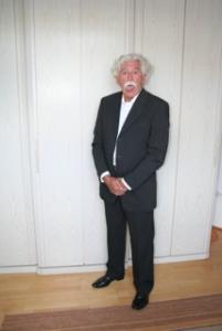Doble parecido de Albert Einstein-3 (6)