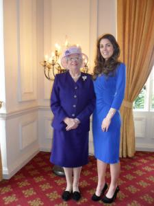 Queen Elizabeth Double Lookalike-3 (8)