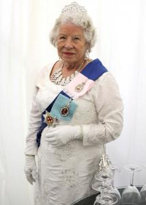 Queen Elizabeth Double Lookalike-4 (9)