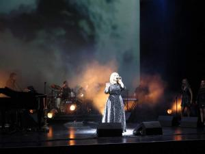 Adele Double-Tribute-Lookalike-1 (5)