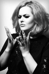 Adele Double-Tribute-Lookalike-2 (1)
