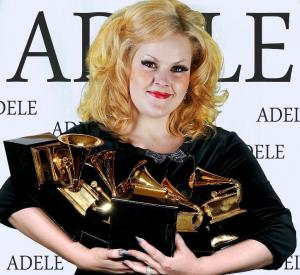 Adele Double-Tribute-Lookalike-2 (11)