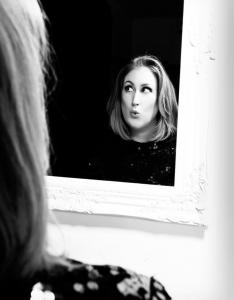 Adele Double-Tribute-Lookalike-3 (3)