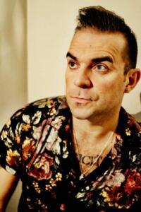 Robbie Williams Double-1 (16)