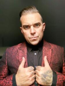 Robbie Williams Double-1 (9)