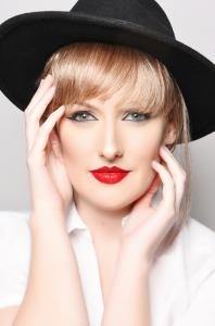 Taylor Swift Double Lookalike Tribute-1 (2)