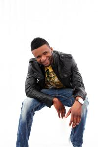 Usher Double Lookalike Tribute-1 (3)