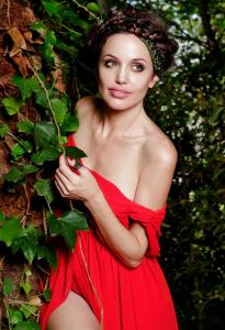 Angelina Jolie Double Lookalike-1 (10)
