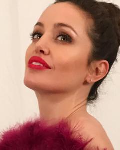 Angelina Jolie Double Lookalike-1 (18)