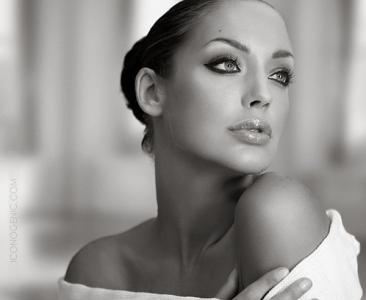 Angelina Jolie Double Lookalike-2 (44)