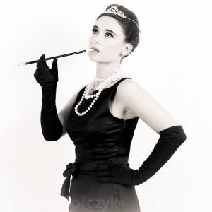 Audrey Hepburn Double Lookalike-1 (3)