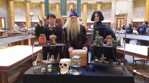 Albus Dumbledore Double Lookalike-1 (10)