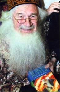 Albus Dumbledore Double Lookalike-1 (3)