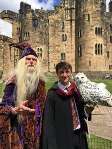 Albus Dumbledore Double Lookalike-1 (9)