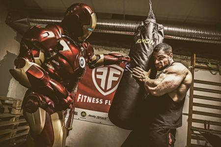 Iron Man  Double Lookalike-1 (10)