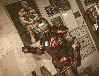 Iron Man  Double Lookalike-1 (11)
