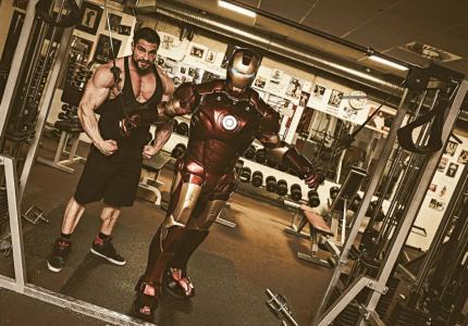 Iron Man  Double Lookalike-1 (9)