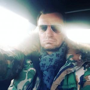 Hugh Jackman Double Lookalike Impersonator-1 (11)