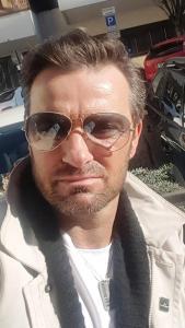 Hugh Jackman Double Lookalike Impersonator-1 (13)