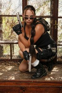 Lara Croft  Double Lookalike-3 (8)