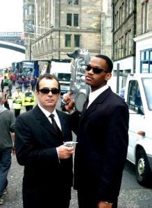 Men in Black  Double Lookalike-1 (1)