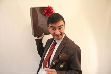 Mr Bean Double Lookalike-1 (11)