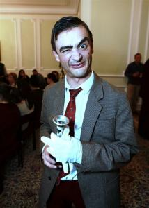 Mr Bean Double Lookalike-1 (17)