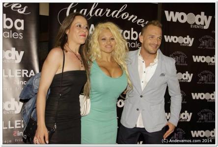 Pamela Anderson Double Lookalike-1 (7)