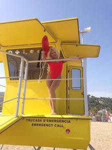 Pamela Anderson Double Lookalike-1 (9)