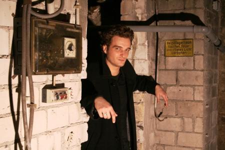 Robert Pattinson Double Lookalike-2 (10)