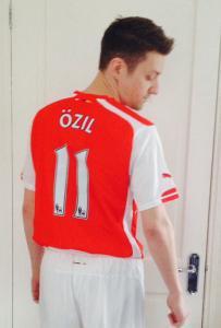 Mesut Ozil Double lookalike-1 (2)