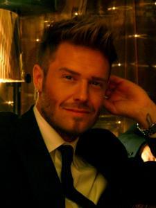 David Beckham Double Lookalike-1 (20)