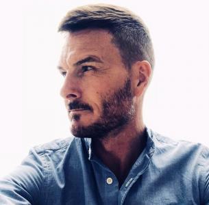 David Beckham Double Lookalike-2 (1)