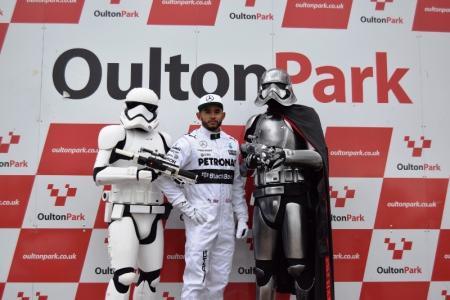 Lewis Hamilton Double Lookalike-1 (1)