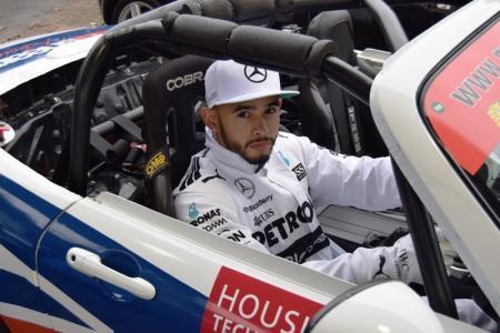 Lewis Hamilton Double Lookalike-1 (4)