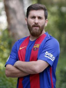Lionel Messi Double Lookalike-1 (1)