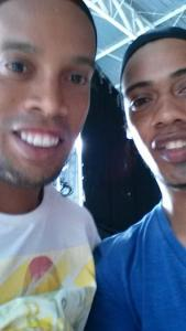 Ronaldinho Double Lookalike-1 (4)